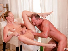 Oiled up fuck and cum on pussy with Czech Jenny Simons and masseur