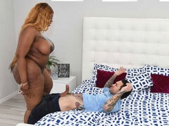 Pretty hot ebony BBW Victoria Cakes fucks with a white tattoo master
