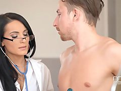 Ultra Sexy Doctor Lexi Dona gets a Creampie