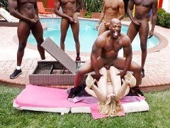 BBC Floozy Alexa Grace Survives Interracial Gangbang