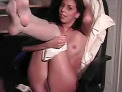 Maria jerking off in pantyhose #2