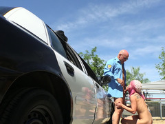 Policeman agreed to sexual offer of pink-haired 18-19 y.o. coquette