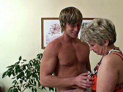 Young and fresh guy screwed mature granny on the couch