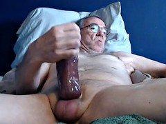 sizeable purple pole grandpa stroke on cam