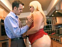 Young-looking married BBW gets fucked in Kitchen