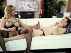 Dominant ladyboy Jenna Tales sucked by and booty bangs a sissy