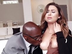 Interracial beauty Kelsi Monroe gets down and dirty BBC