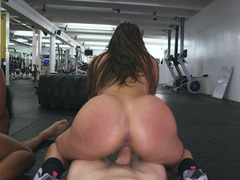 Obese booty chicks riding hard fuck pole in the gym after closing