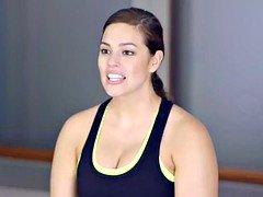 Ashley Graham workout