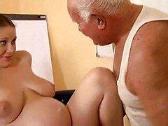 Grandpa have an intercourse a pregnant broad