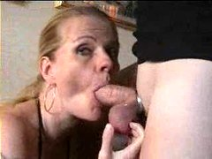 Swedish Female Perversan Gives head