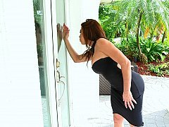 Hot and moreover excited neighbor