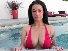 Queen of jugs in the pool