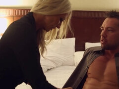 Emma Starr gives sucking & fucking lessons for cash in a hotel room