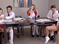 ThatSitcomShow - Ella Knox And Quinn Wilde Group Sex
