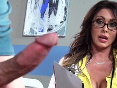 Doctor Jessica Jaymes solve the problem with the hard cock
