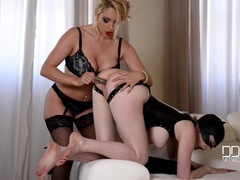 Dominatrix Gives Submissive Lots of Spanking, Part 2