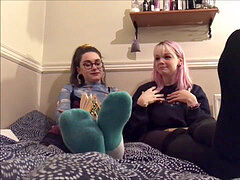 aroma bratty arthoe emo soles and socks