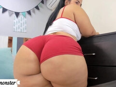 Big perfect butt on webcam