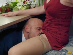 Hot bridesmaid has sneaky sex with the groom on the wedding day