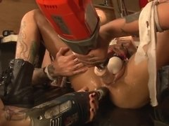 Hot alternative lesbians play with sex machines in threesome