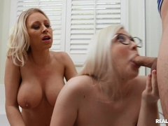 Face sitting porn video featuring Katie Morgan, Emily Right and Ricky Spanish
