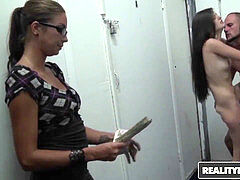 Money talks - Alexis Venton Jmac - double enjoyment