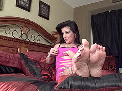 Sexy brunette cougar in rosy underwear teases you with her soft soles