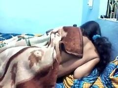 Indian desi girl having an intercourse with boyfriend in bedroom
