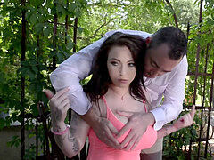 huge-boobed honey Harmony Reigns torn up Hardcore Outdoors