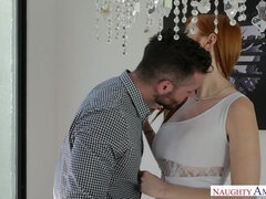 Lauren Phillips,Mike Mancini Seduced By A Cougar