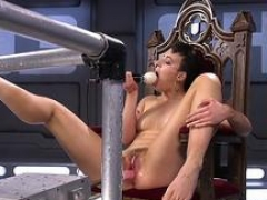 Machine gal enjoys getting vagina stretched