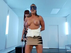Maitresse Madeline Pushes Tough and Sexy Ariel X to her Electro Limits!!!!