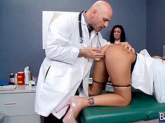 Sexy Patient (payton west) And Nasty doctor plowing rock hard Style clip-12