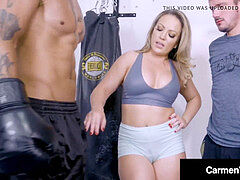 Carmen Valentina Cuckolds gutless beef whistle meeting at the Gym With BBC