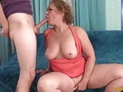 More aged Bitch Gives head Cock and Gets Her Pink slit Fucked