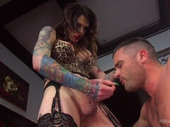 Chelsea Marie Makes Lance Hart Work For The Cock