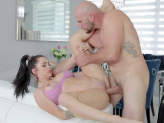 Busty MJ Fresh gets her pussy plowed by Jmac