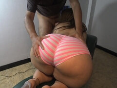 Lucky guy likes huge bottom of his GF