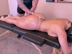Thick Ass Latina Milf Gets An All Inclusive Massage - Massage