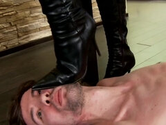 Slave eats pussy and gets boots & foot trampling on the floor