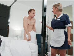 Dee Williams helps her stepson with his humping obsession
