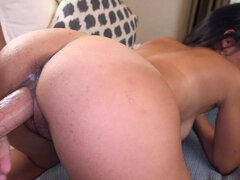 Tanned lady likes to suck dick