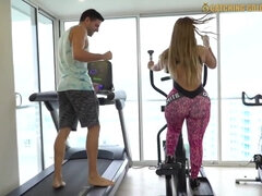 Steamy Intercourse With A Big Bootie Gym Bitch Porno