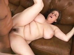 Kitty Lee having an intercourse and anal