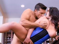 Man satisfies sexual needs of super busty stunner Angela White