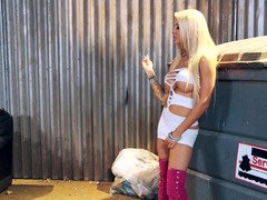 Hooker Helly Mae Hellfire fucked in an alley