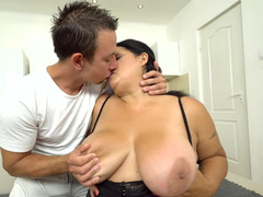 Nasty Adult bbw eats his bum and sucks on his throbbing phallus