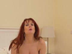 British mom Tanya Cox goes wild