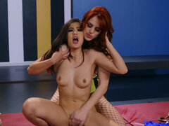 Molly Stewart and Kendra Spade in Brazzers World Wrestling Champion